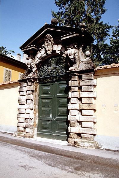 Portale di Villa Melzi D'Eril - Ambrogio Costa