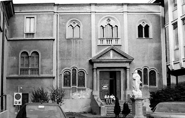Vaprio d'Adda-Cappella Neogotica della Chiesa di S. Nicolò