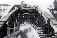 Il nuovo ponte prende forma