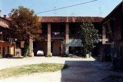 cascina Sioli - portico - cortile interno