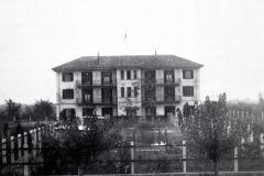 Cavalchina edifici per gli impiegati della tessitura di Vaprio- inizi 900-Archivio Riva
