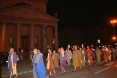 25 Via Crucis