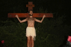 27 Via Crucis